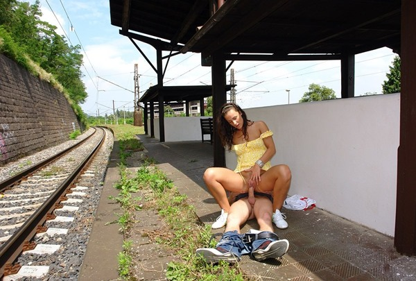 public-place-pussy-fucking-in-the-train-station